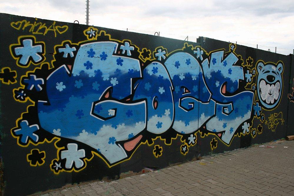 http://www.aerosolart.sk/jamz/graffiti_yam_008/graffiti_yam_008_33.jpg